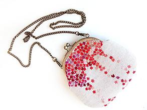 Kabelky - Vyšívaná kabelka Červené kvietky - 10855249_
