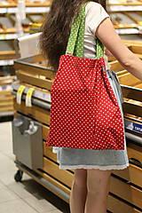 Nákupné tašky - Eko nakupovačka FILKI skladacia (červená s bielymi bodkami a zeleným uchom) - 10855218_
