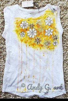 Tielka - Svieže letné tričko kvietkované - 10859395_