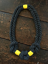 Náhrdelníky - Tři uzly - šedá a žlutá - 10858224_