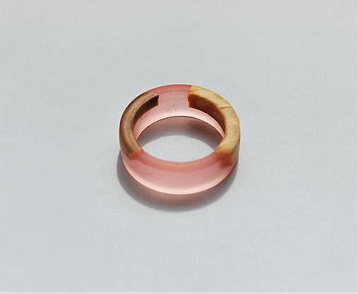 Živicovo - drevený prstienok 2