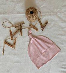 Detské čiapky - Detská rastúca merino čiapka so štýlovým  uzlíkom - ružová - 10860668_