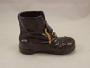 Dekorácie - Topánka Martens (stojan na perá, stojan na štetce, ťažítko, kvetináč) (Čierna) - 10861481_