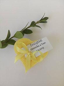 Darčeky pre svadobčanov - Srdiečko žlté - 10862715_
