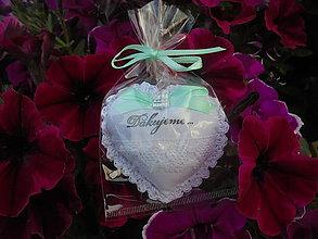 Dekorácie - Srdiečko do dlane-svadobné,darčekovo  zabalené (Biela) - 10862769_