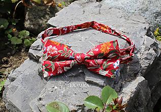 Doplnky - Pánsky kvetovaný motýlik  (Červená) - 10864098_