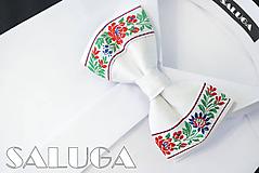 Doplnky - Biely folkový, folklórny motýlik - krojový, ľudový motív - svadobný, družobvský - 10864323_