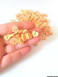 Galantéria - drevený gombík srdce dvojdierkový 11mm - 10865539_