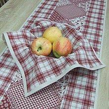 Úžitkový textil - KAMILA-bordó patchwork a káro na režnej -štvorec 40x40 - 10868318_