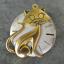 Odznaky/Brošne - Brož se zlatou kočkou na ciferníku, z hodinek - 10871232_
