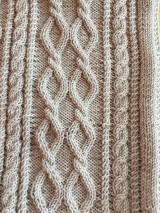 Textil - Detská pletená deka s osmičkami - 10869873_
