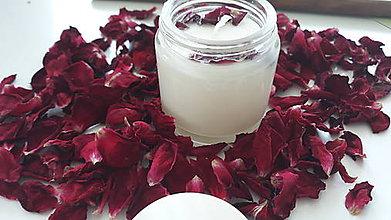 Svietidlá a sviečky - Sviečka zo sójového vosku - Ružové drevo - 10869369_