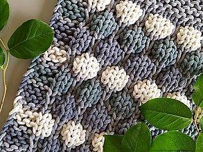 Úžitkový textil - Unikátny koberček - Bubbly 2 - 10869439_