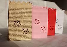 Svietidlá a sviečky - Papierový svietnik (s dnom) - srdiečkový motív (rôzne farby) - 10870880_