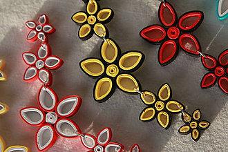 Náhrdelníky - Kvetinový náhrdelník z papiera (rôzne farby) - 10870663_