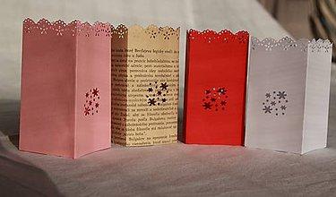 Svietidlá a sviečky - Papierový svietnik (bez dna) - kvetinový motív (rôzne farby) - 10870810_