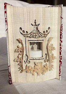 Dekorácie - Svietnik, lampáš - vyskladaný z knihy - 10870873_