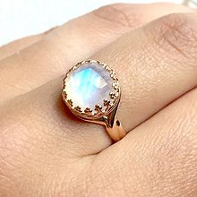 Prstene - Moonstone & Rose Gold Filigree Ring / Vintage prsteň s mesačným kameňom v prevedení ružové zlato - 10874748_