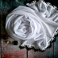 Šály - Znamení hranostajů - biely šifónový šál s čiernou čipkou - 10873560_