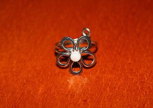 Prstene - Prsten - Perleťová květinka - 10874131_