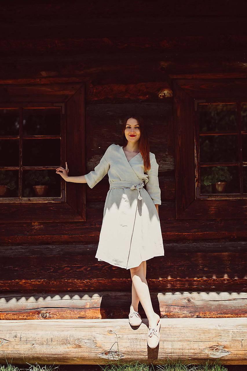 Ľanové zavinovacie šaty