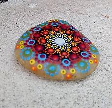 Dekorácie - Kamienok z Pukanca - Na kameni maľované - 10874863_