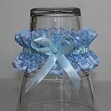 Bielizeň/Plavky - Modrý čipkovaný svadobný podväzok - 10871997_