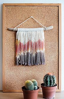 Dekorácie - Nástenná dekorácia z dreva a vlny ♥ MINI 01 - 10874244_