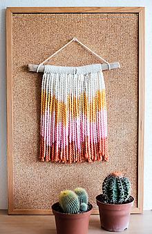 Dekorácie - Nástenná dekorácia z dreva a vlny ♥ MINI 02 - 10874278_
