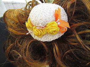 Ozdoby do vlasov - gumička do vlasov s klobúčikom - 10873205_