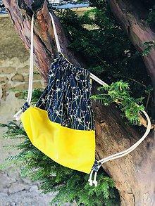 Batohy - Zaťahovací modro žltý batoh kolibrík - 10873496_