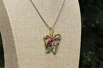 Náhrdelníky - Srdce šípkovej Ruženky - 10877992_
