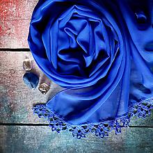 Šály - Krev kamenů - modrý šifónový šál s čipkou - 10876876_