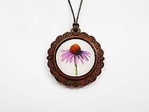 Náhrdelníky - Drevený živicový náhrdelník - Echinacea - 10876153_