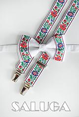 Doplnky - Folklórny folkový ľudový biely motýlik + traky svadobný, družbovský - 10876791_
