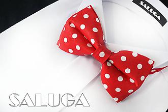 Doplnky - Pánsky červený motýlik na biele guľky - retro - 10877033_