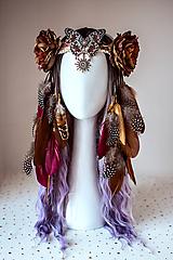Ozdoby do vlasov - Prírodná čelenka s perím a motýľom - 10875104_