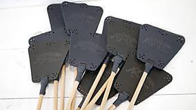Dekorácie - Kožená plácačka na muchy - čierna - veľká mucha - 10879762_