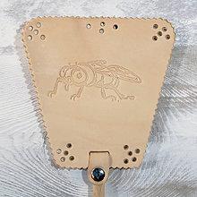Dekorácie - Kožená plácačka na muchy - hlazenice - mucha - 10879807_