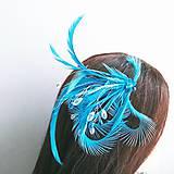 Ozdoby do vlasov - Fascinátor z peria a korálok - 10879564_