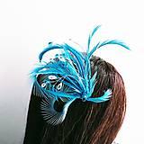 Ozdoby do vlasov - Fascinátor z peria a korálok - 10879567_