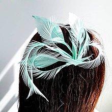Ozdoby do vlasov - Fascinátor z peria - 10880776_