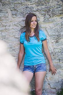 Tričká - Dámské 100% MERINO tričko s krajkou - 10882343_