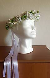 Ozdoby do vlasov - Venček biely zo saténových púčikov ruží - 10883094_