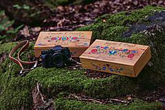 Krabičky - Drevená krabička na fotky s USB - 10884182_