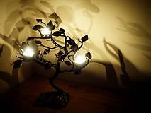 Svietidlá a sviečky - Kovaný svietnik - stromček SVIEČKOVNÍK - 10883687_