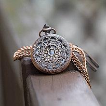 Doplnky - Mechanické vreckové hodinky s kroužkovanou reťazou (53) - 10885524_
