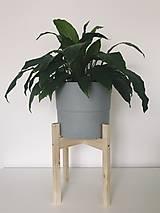 Nádoby - Drevený stojan na kvetináč  (Veľký) - 10886583_