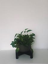 Nádoby - Stojan na kvetináč - 10886594_