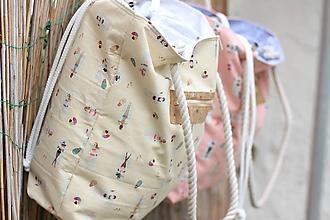 Veľké tašky - Obrovská plážová taška - opaľujúce sa slečny na bledožltom - 10885340_